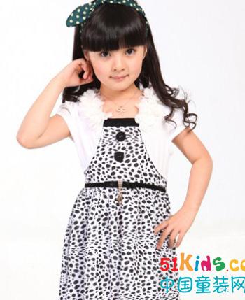 熊贝尔童装专注儿童服饰给孩子快乐的童年