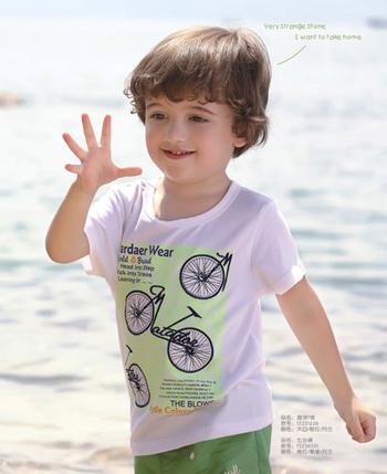 塔哒儿童装 换个节奏享受时尚乐趣
