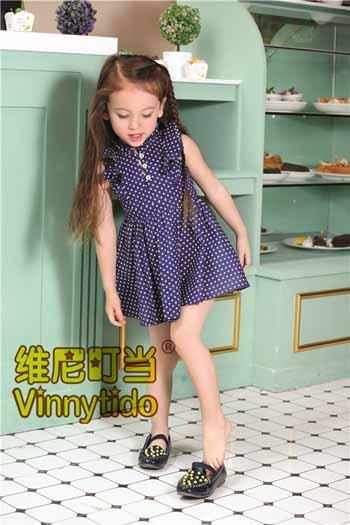 维尼叮当童装注重面料的品质与细节