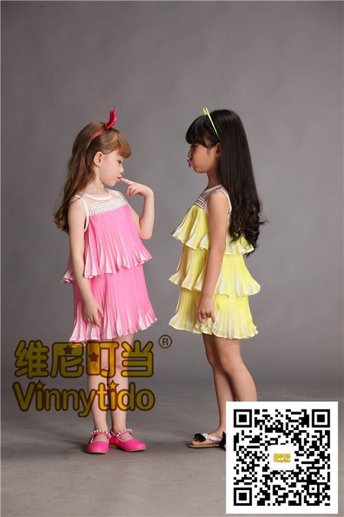 维尼叮当童装就像秋天里的浪漫童话