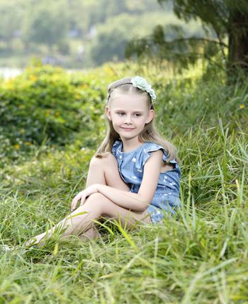 卓维乐童装 让孩子在优雅中成长
