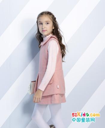 小毛虫童装:传播童真时尚