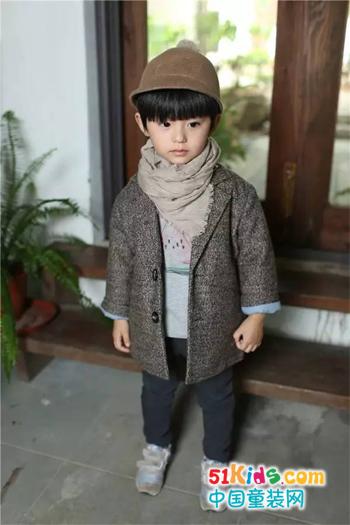 保暖又时髦的灰色外套,这个秋冬怎能少了它?