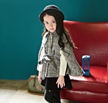 儿童斗篷外套怎么搭配好看