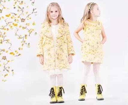 """时尚小鱼""""免穿免送""""活动11月12日-19日报名参加让您的孩子穿上免费的时尚"""