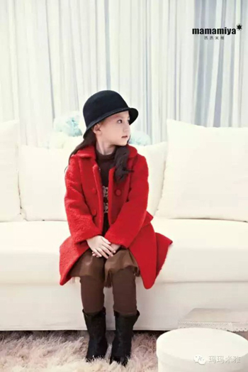 玛玛米雅温情演绎年装系列