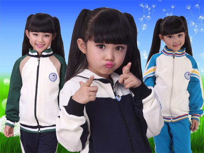 幼儿园冬季服装图片 最新园服流行趋势