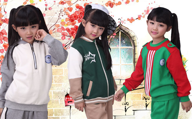 兴童冬装幼儿园服 用色彩演绎时尚