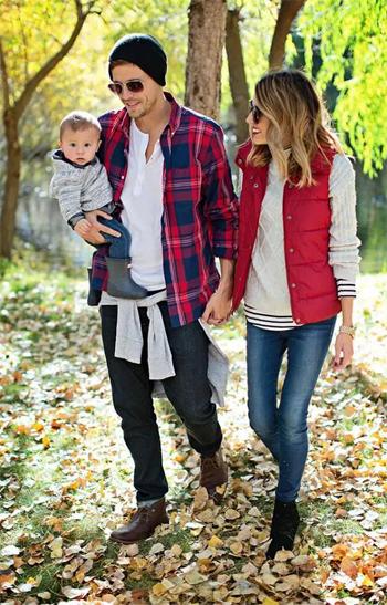 BY�ɶԼ����ӳ���ڶ�����Dad+Mum+Me=Family Fashion��