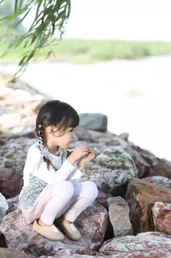 安米莉用自然的语言,点缀你的世界!