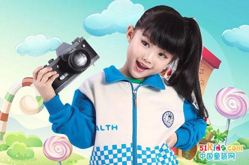 幼儿园冬季校服套装 怎么穿都时尚