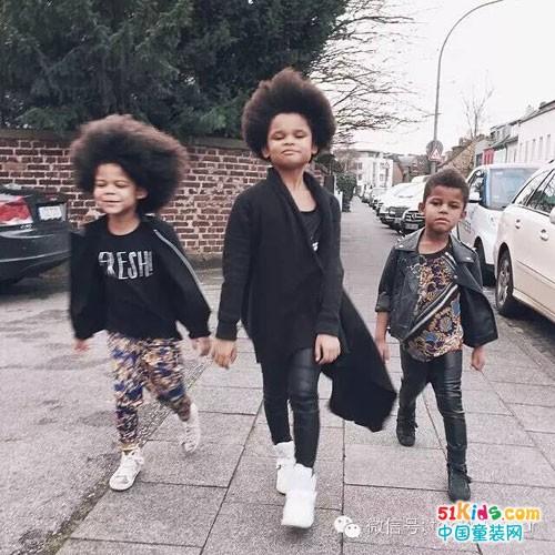 萌度爆表,三姐弟会拍照更会穿搭