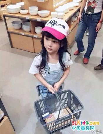 有了搭配小帮手,潮妈再也不用烦恼宝贝穿什么啦!