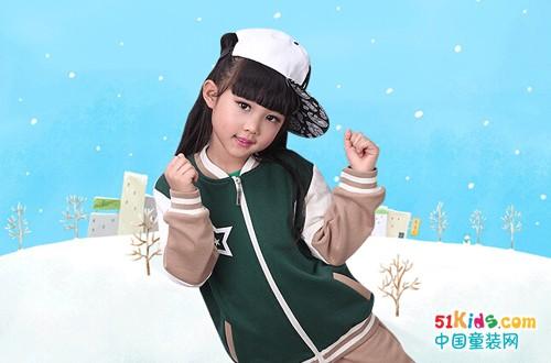 冬季最新款式幼儿园校服 时尚由你做主