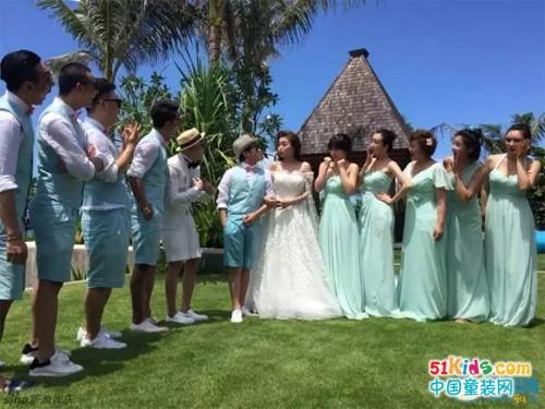 包贝尔婚礼现场,韩庚祖蓝海涛等伴郎团身着贝贝依依同款礼服齐耍宝!