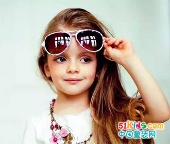 拥有一个女儿,美翻了全世界!!