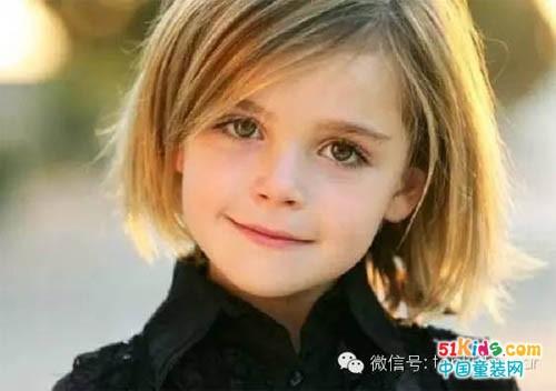小女孩短发也可以很萌很可爱!~