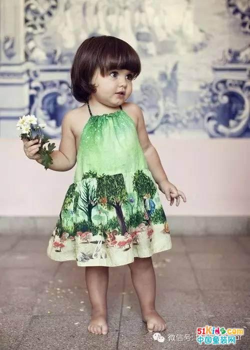 小女孩短发也可以很萌很可爱!