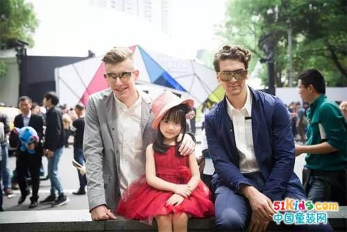 上海时装周萌娃当道,最走红的居然是她们?!