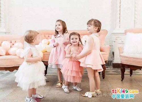 这个春夏就让宝贝们「粉嫩到底」!