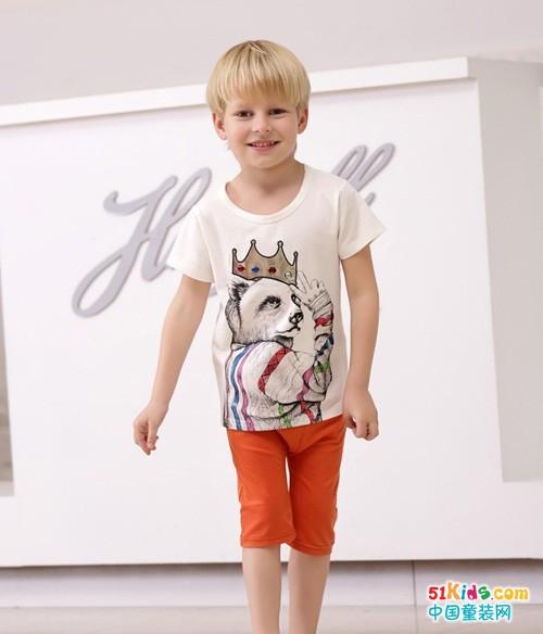 橘红色中裤配什么T恤好看 男孩子夏装搭配