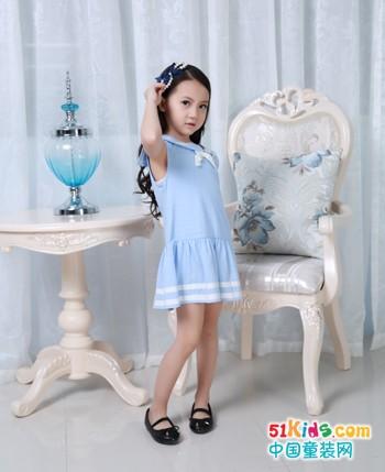 加盟花鱼童话品牌童装,给孩子们最舒适时尚的着装