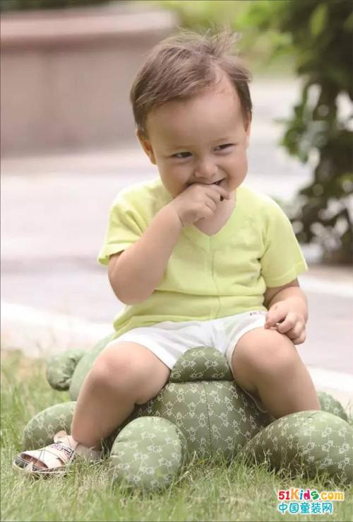 宝宝 壁纸 儿童 孩子 小孩 婴儿 500_738 竖版 竖屏 手机