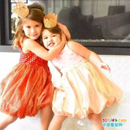 搭配就要炫,时尚姐妹花俏皮甜美造型