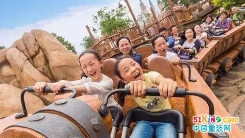暑假头条丨比上海迪士尼乐园正式开园,更激动的事。。。