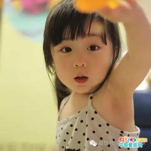 实力卖萌,生个女儿就要让她打扮得可爱迷人!