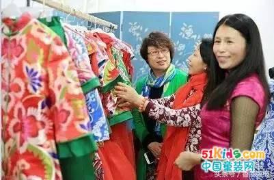 独家解密!中国国际时装周上,汪小荷将有五大亮点,点亮时尚圈!