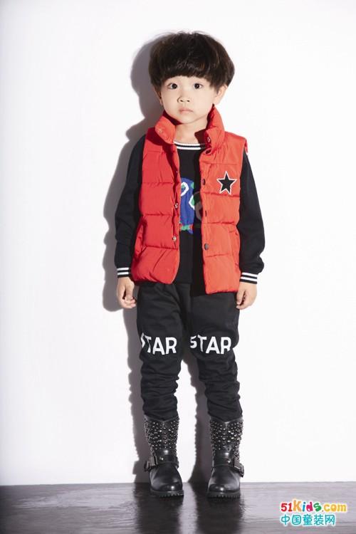 妈咪之星搭配技巧之一:外套与裤子色差越大越美!