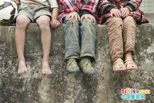 GMF捷米梵童装爱心义卖——与爱童行