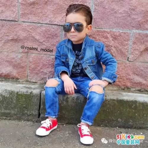 3位小帅哥的潮范穿搭,谁的时尚更入你的法眼?