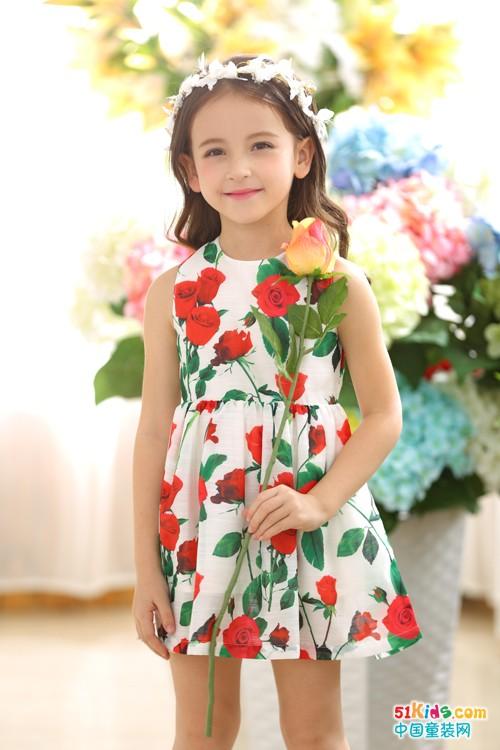 选择叽叽哇哇童装,让鲜花开在身上!