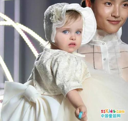 朗姿祝茉莉妈-姚晨及全世界母亲,节日快乐