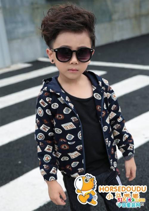 小马嘟嘟童装更多创新产品 让宝妈喜欢孩子开心
