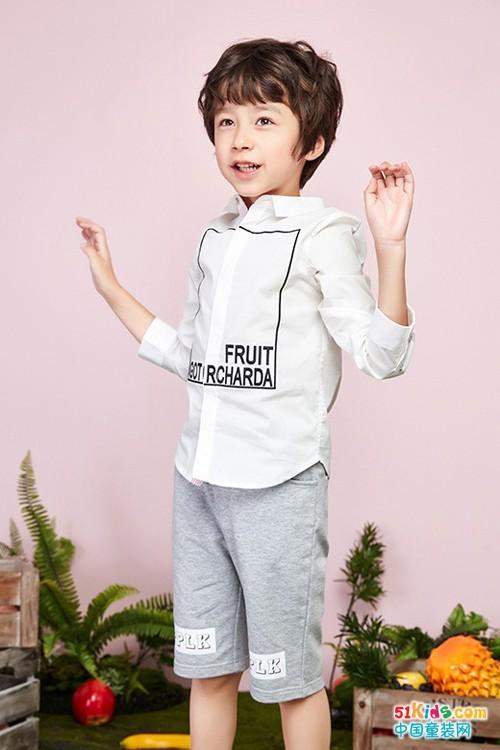 泡泡噜童装温馨提示:男孩这样穿更有气质!
