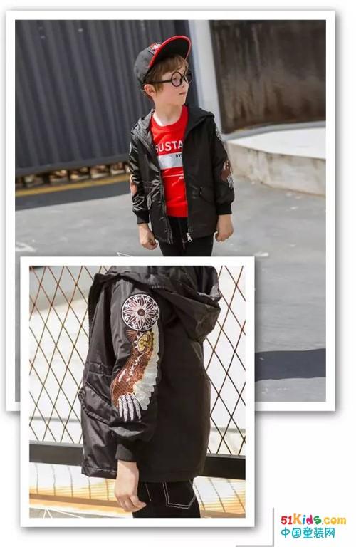 布衣草人:阳光男孩的专属金秋