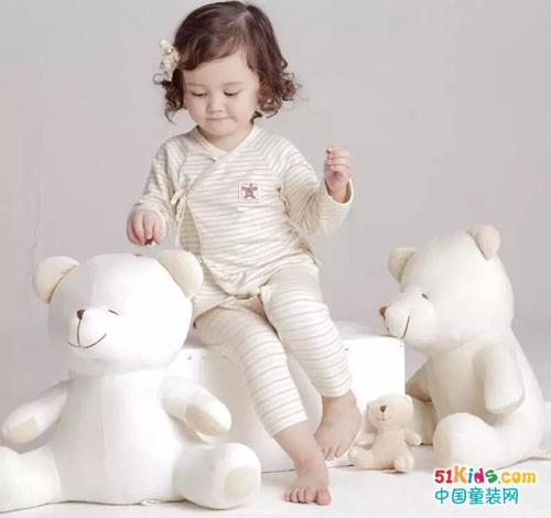 本色棉纯棉连体衣 安全舒适带给他不一样的穿着体验