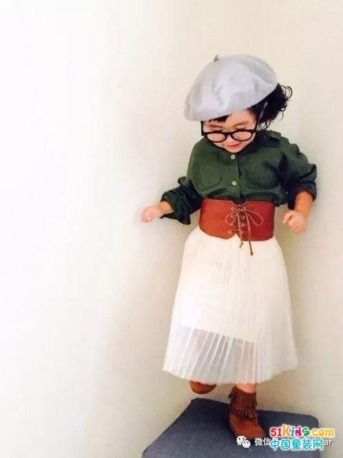 """百变萝莉的日常穿搭,时尚精就是这样""""炼成""""的!"""