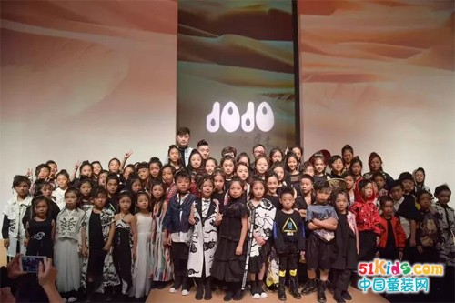 久久童装2018S/S儿童东方文创美学生活趋势概念发布秀—《风起敦煌》圆满落幕!