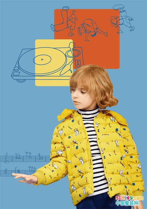 你的小小音乐家已上线,这件外套太太太太抢眼!