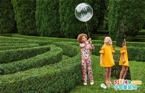 意大利奢侈品牌 Fendi 2018春夏童装系列画册