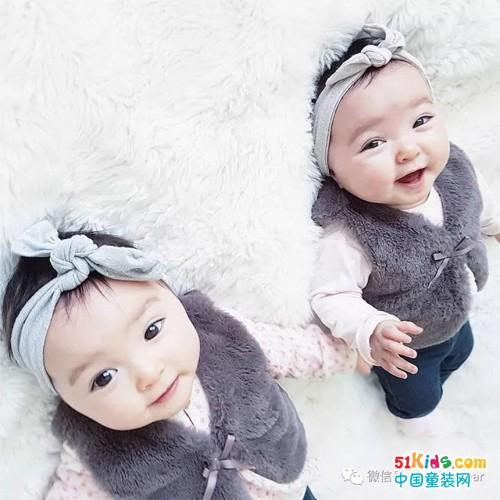 家有兩枚大眼萌小可愛,這樣的人生簡直太寫意了!