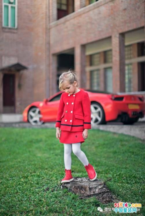 法拉利童装——不可言喻的跃马魅力