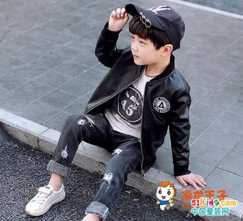 黑色酷炫皮衣 就是要让宝贝时尚翻天