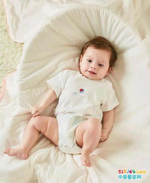 注意了,嬰兒內衣的這3點做工問題可不能忽視