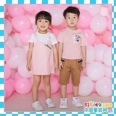 Pink/White/Blue——这个夏天流行视觉降温!