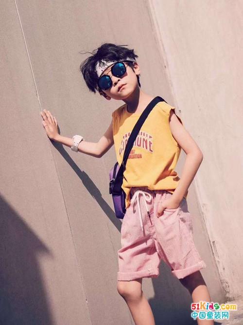 粉色短裤配什么颜色 夏季男童短裤怎么搭配
